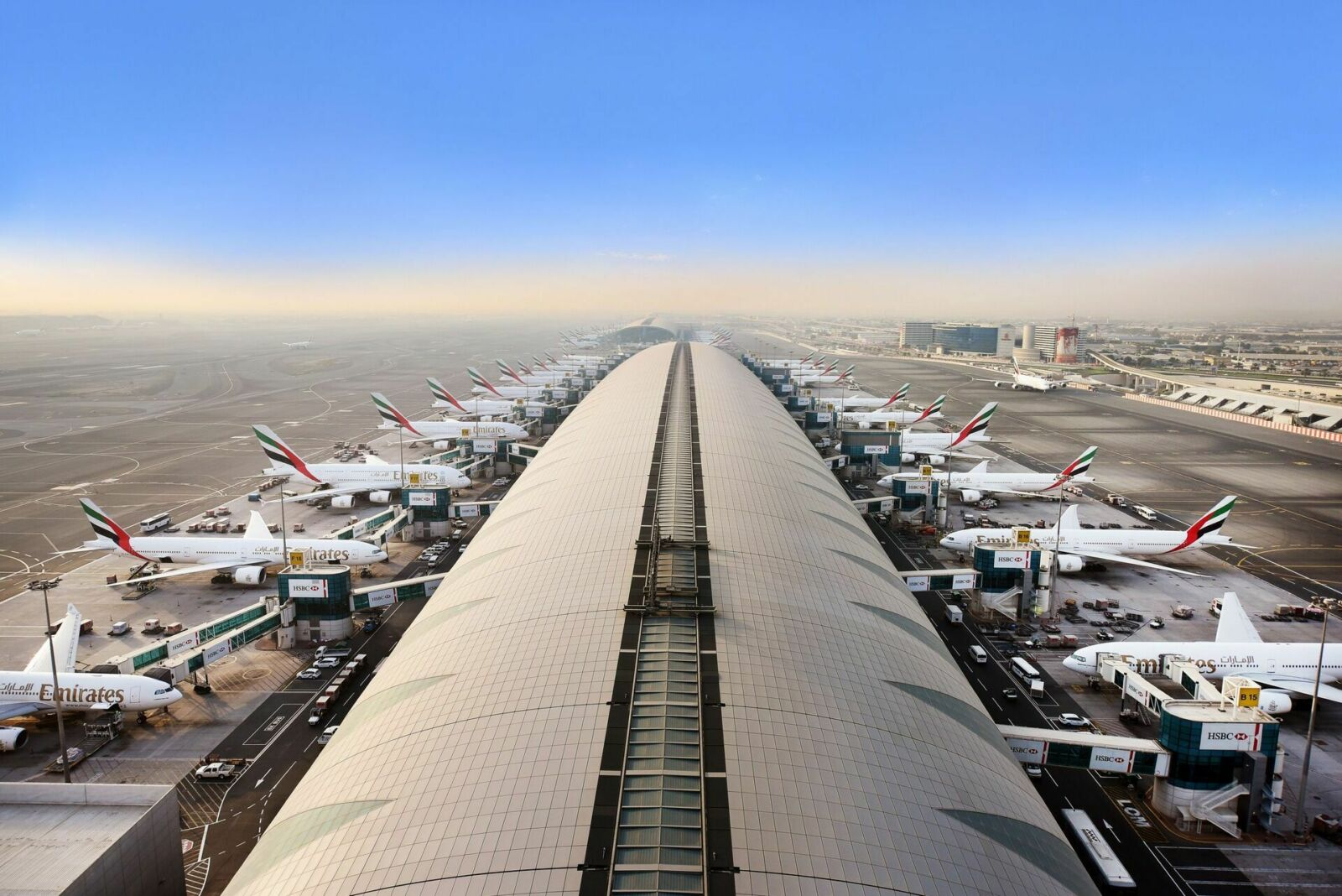 dubai international airport adermalocatelli