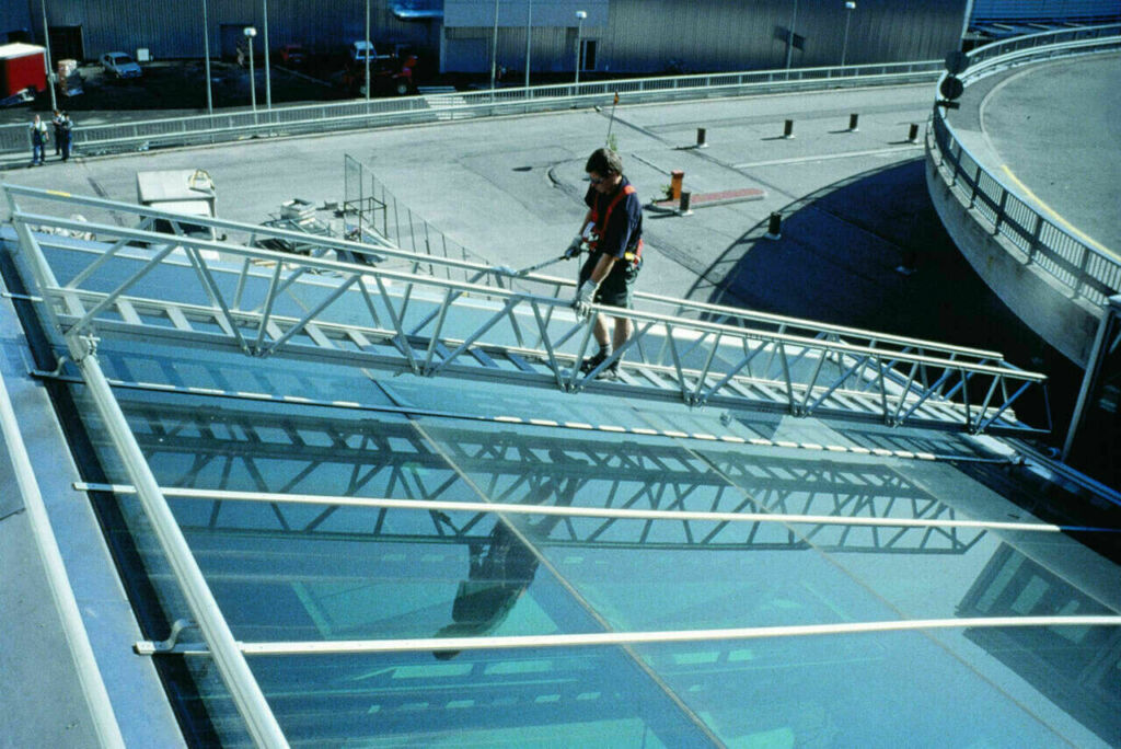 roof walkway facade access system