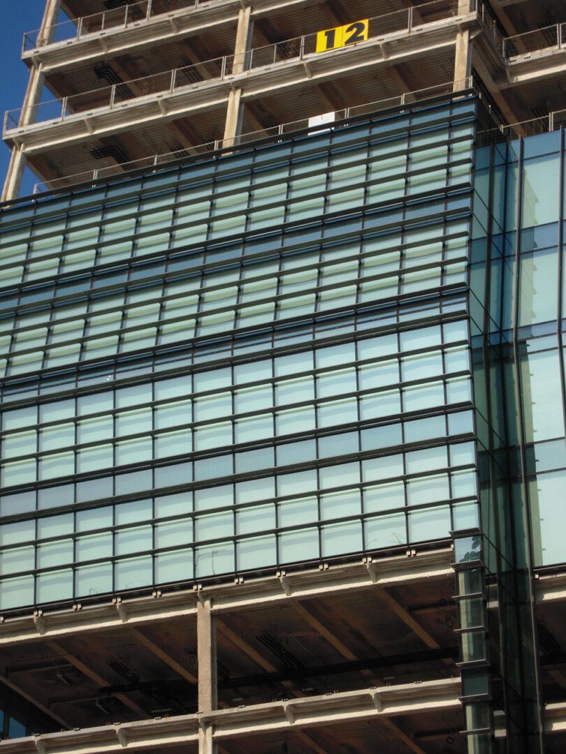 facade diamante tower milan